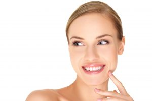 Benefits of Having Pearly White Teeth